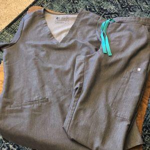 Figs Casma 3 pocket top & yola skinny tall pant